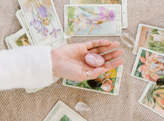 4 Beginner Tarot Practices to Level Up Your Readings
