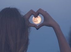 Your Guide to the Full Moon in Pisces
