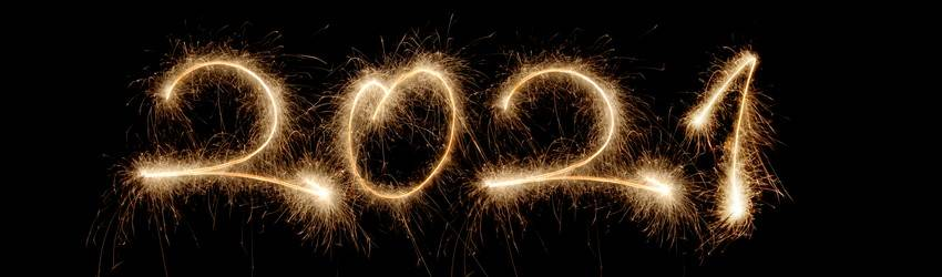Fireworks reading 2021 on a black sky.