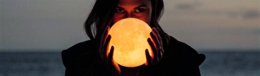 woman-holding-the-moon