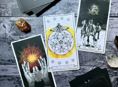How to Expertly Shuffle Your Tarot Cards